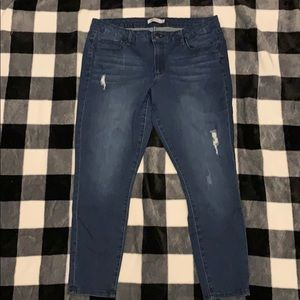 JustFab Ankle Jeans size 34